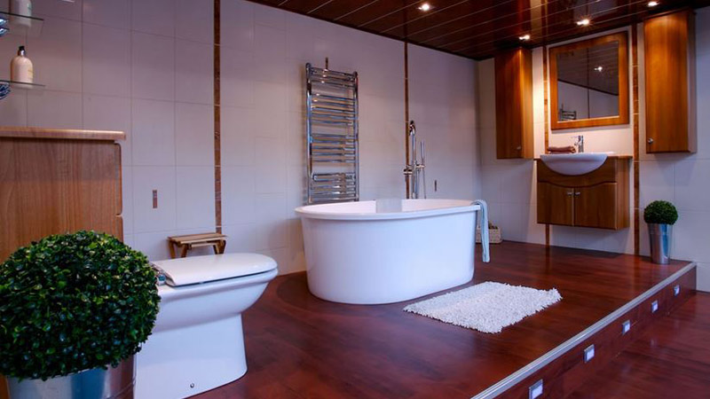 Crest Bathrooms Ltd Glasgow Bathroom Showrooms Central