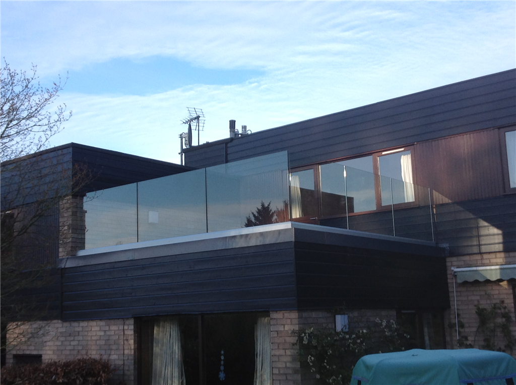 Frameless Glass Balustrade without handrail Gallery Image