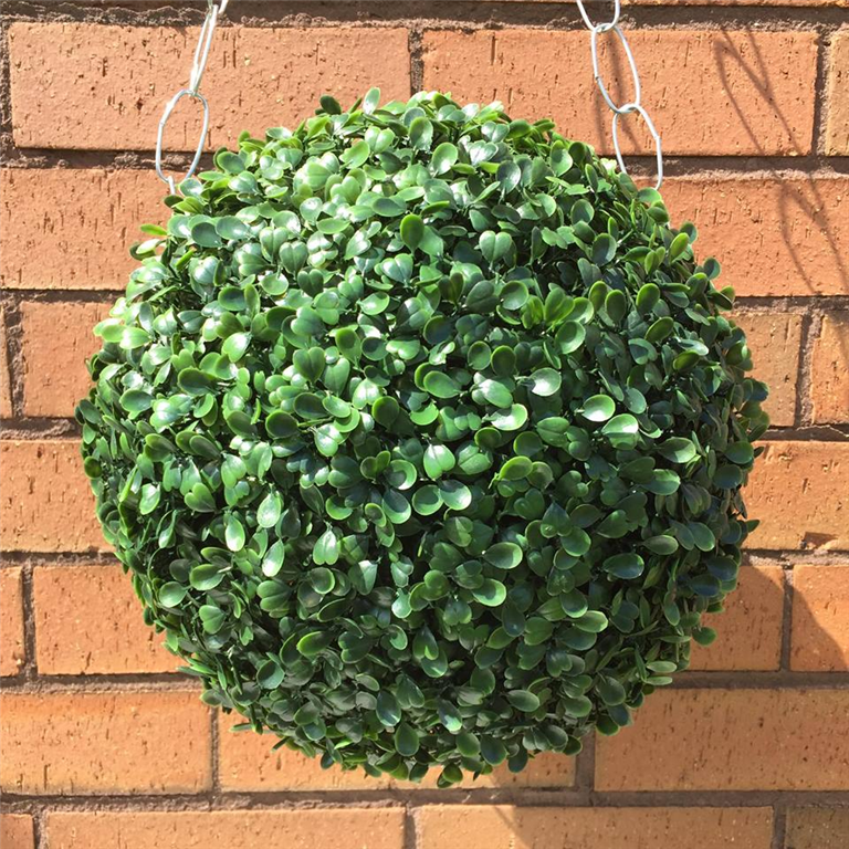 UV fade protected artificial topiary ball Gallery Image