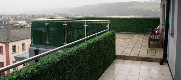 artificial hedge for balcony privacy screening Gallery Image