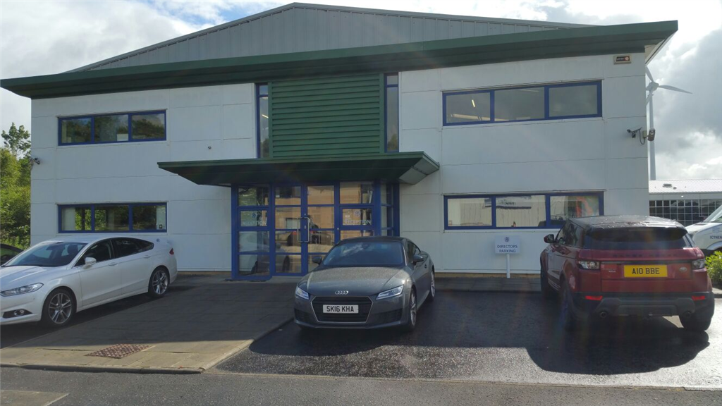 Commercial building with no cavity wall insulation. Gallery Image
