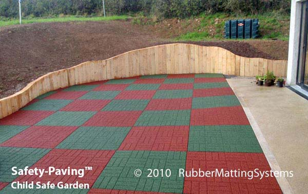 child safe outdoor - safety paving - rubber  safety surface Gallery Image