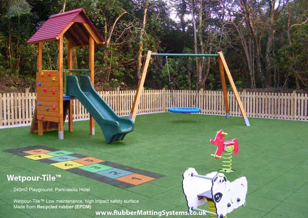wetpour - tile  hotel playground - rubber matting systems Gallery Image