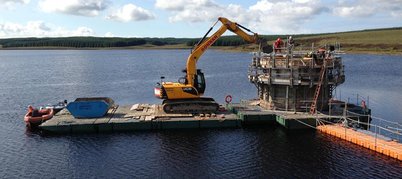 Modular Pontoon carrying out works in a reservoir Gallery Image