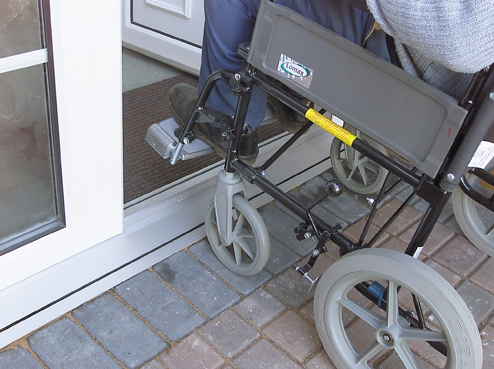 Aludrain low level threshold, ideal for disabled access. Gallery Image
