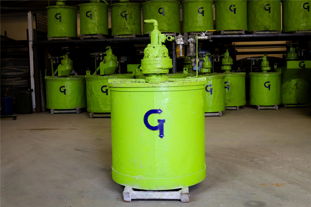 Paddle Type Pneumatic Grout Mixers Gallery Image