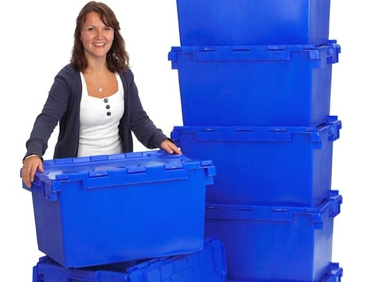 Moving home, office building, floor or relocating staff and don't know what to do with the files and documents and personal belongings. Then hire our office moving crates. Gallery Image