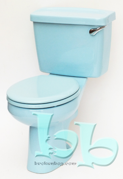 Close-coupled toilet suite in Sky Blue Gallery Image
