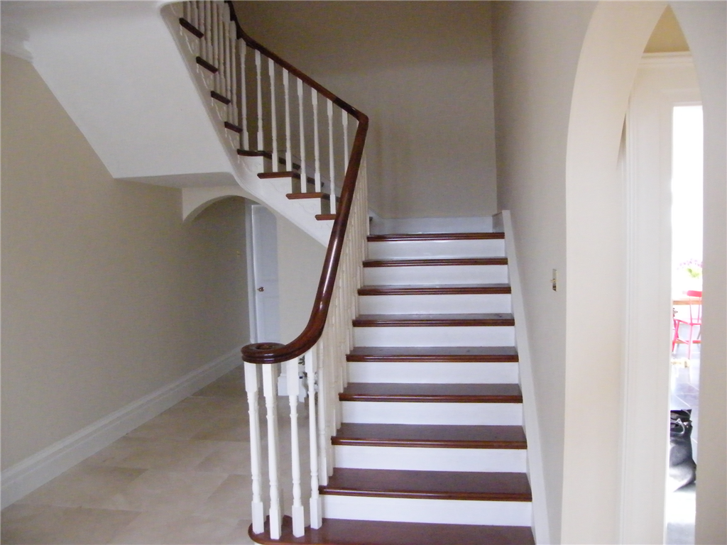 Mahogany Handrail and Treads with Painted Risers Gallery Image
