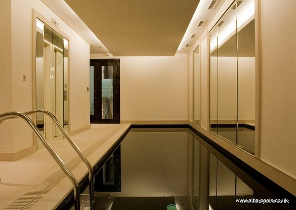 AN AWARD WINNING POOL.