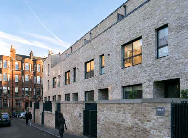 Designed By Hoskins Architects